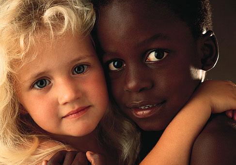 abbraccio bianco e nero